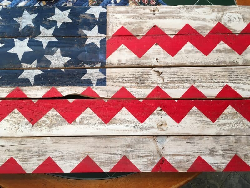 Fourth Pallet decor