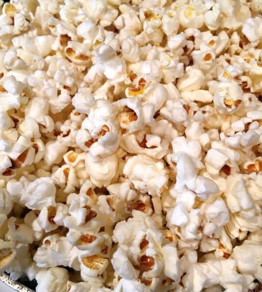 popcorn-plain-before-topping