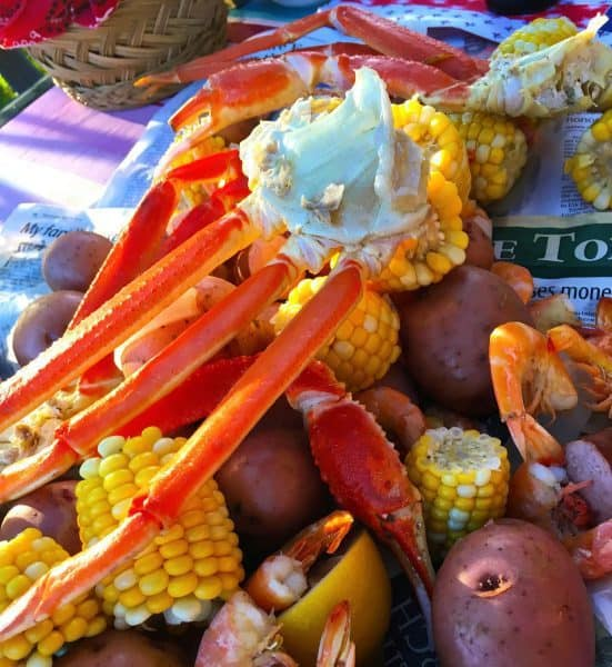 seafood-boil-from-harmons