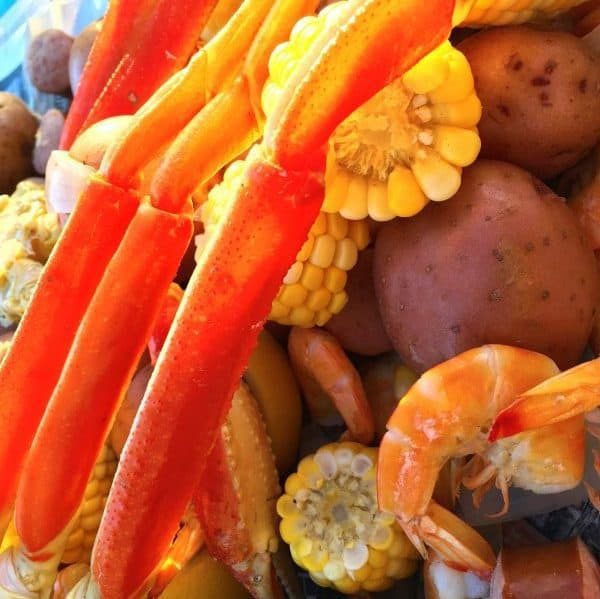seafood-boil-on-the-table