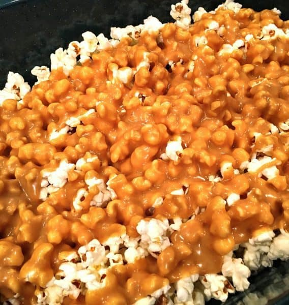 popcorn-with-peanut-butter-topping