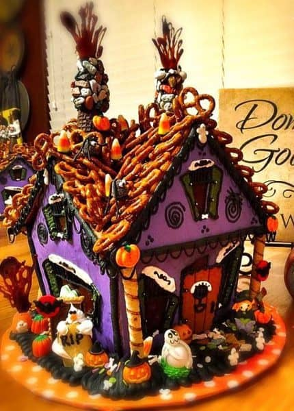 Haunted Gingerbread House Norine S Nest
