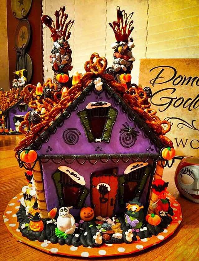 Haunted Gingerbread House Norine S Nest