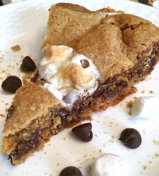 Slice S'mores Pie
