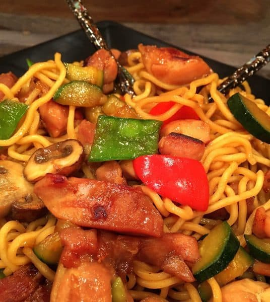 Chicken and vegetables stir fry with noodles