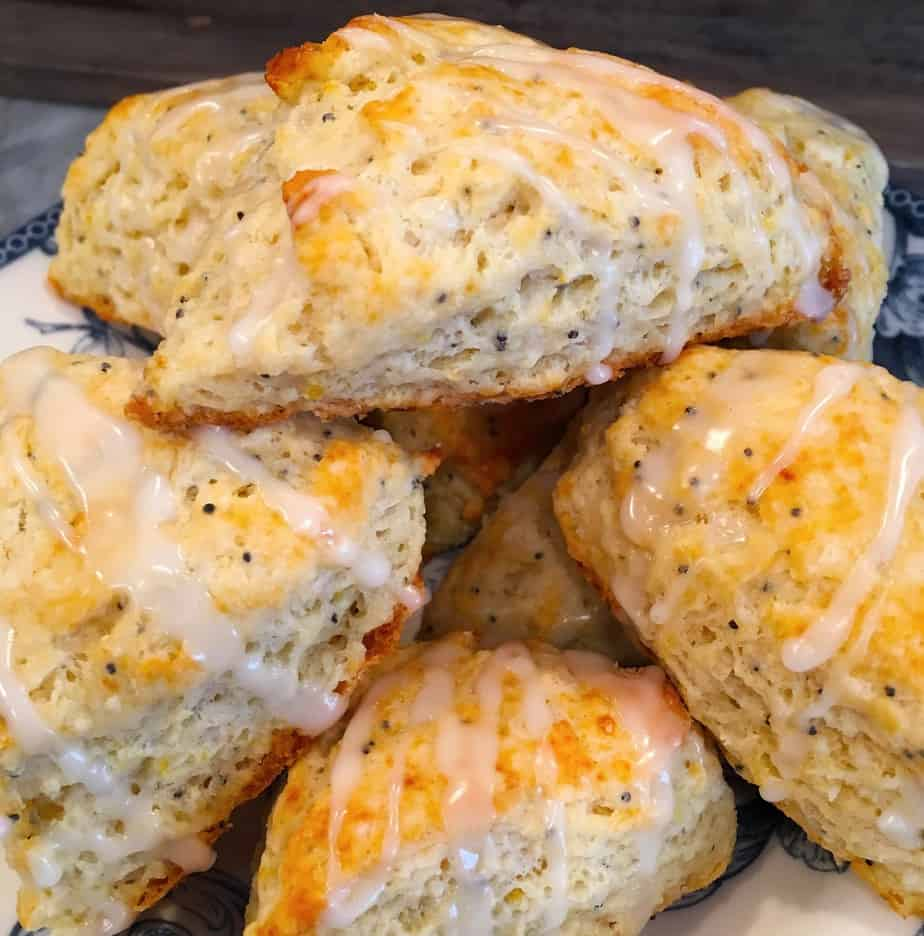 a plate filled with lemon flavored scones