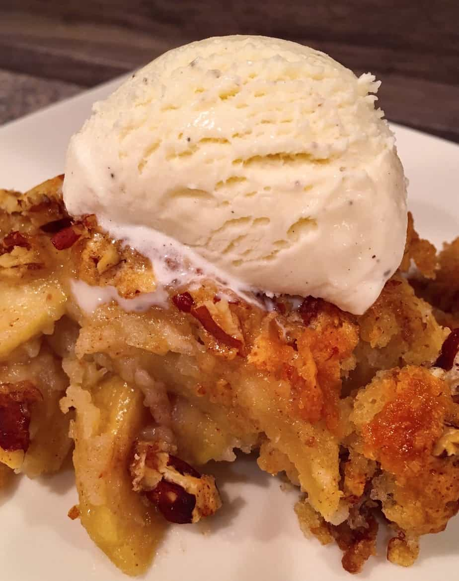 Apple Pecan Cobbler