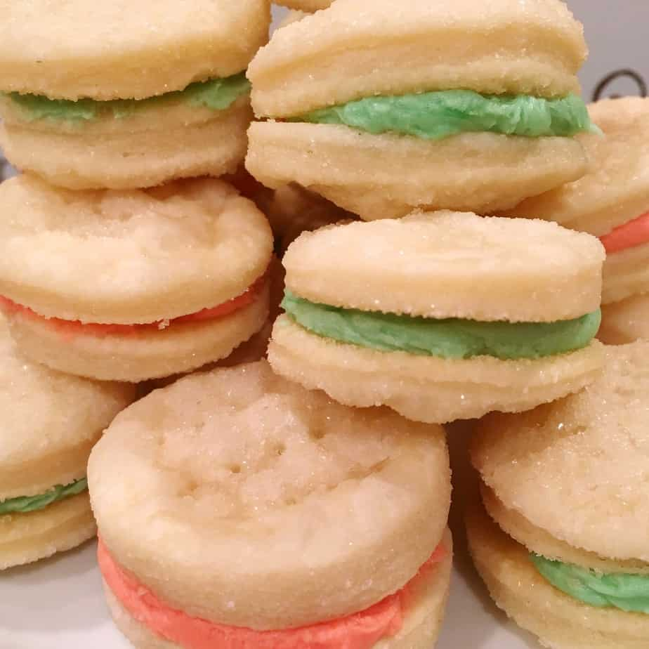 Christmas creme sandwich cookies