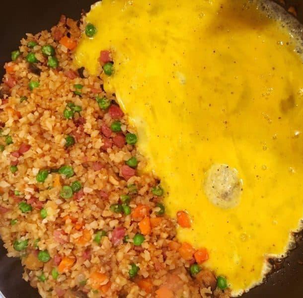 Cauliflower Fried rice with scrambled eggs