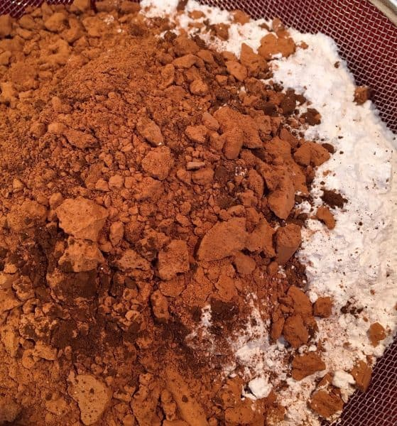 Dry ingredients for frosting