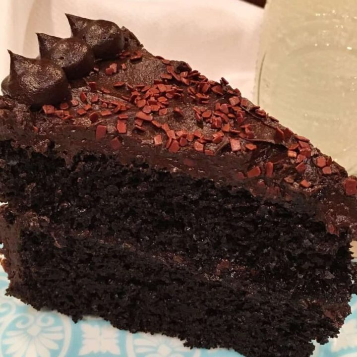 The Best Dark Chocolate Cake