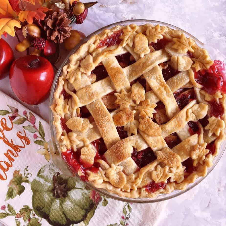 Whole Cranberry Apple Pie