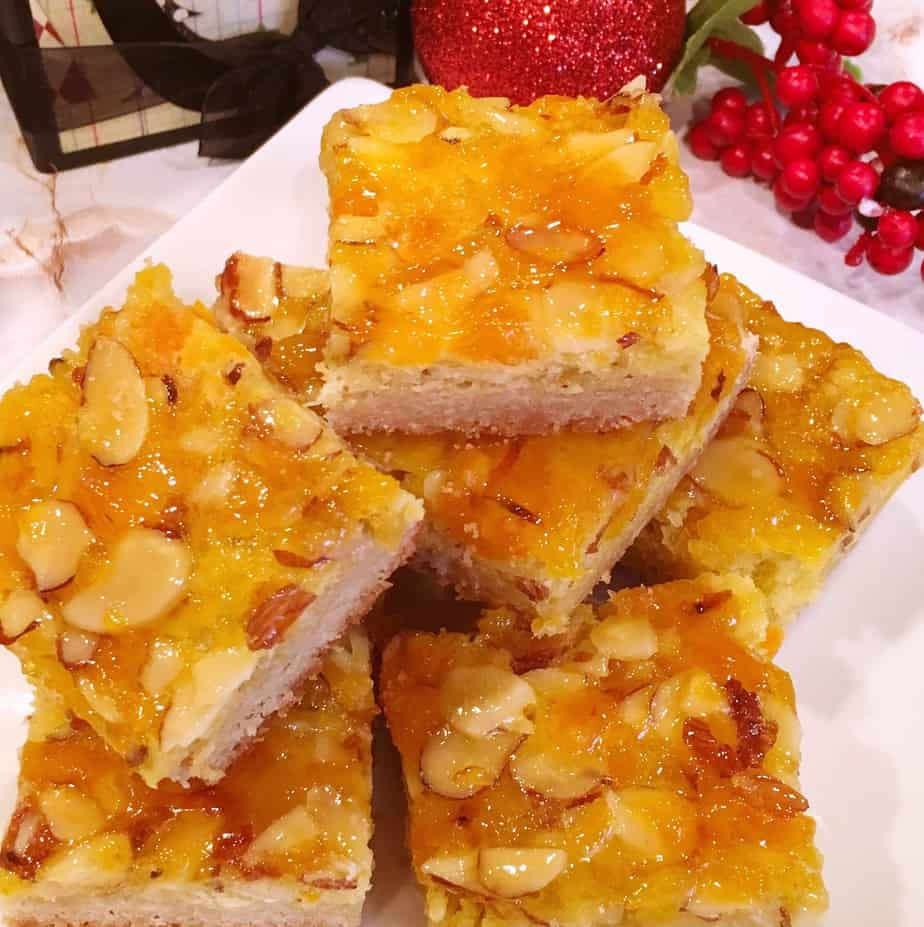Apricot Almond Holiday Bars