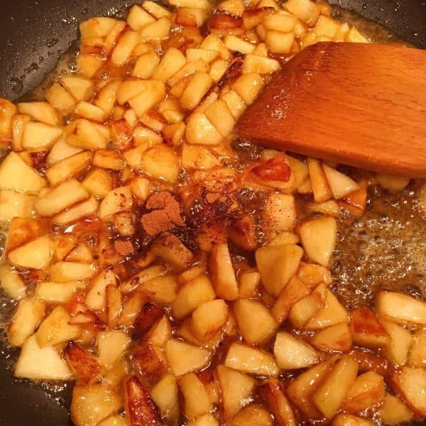 Caramel Sauce with Apples