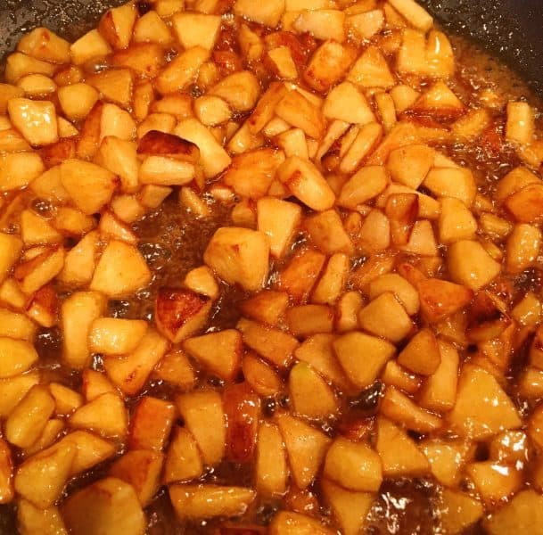 Apples in Caramel Sauce