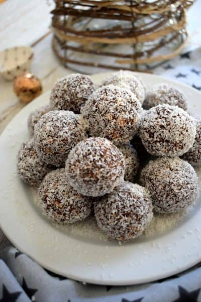 Newfoundland Snowball cookies