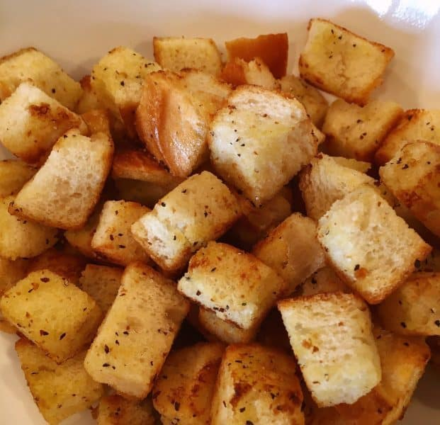 Toasted Croutons for salad