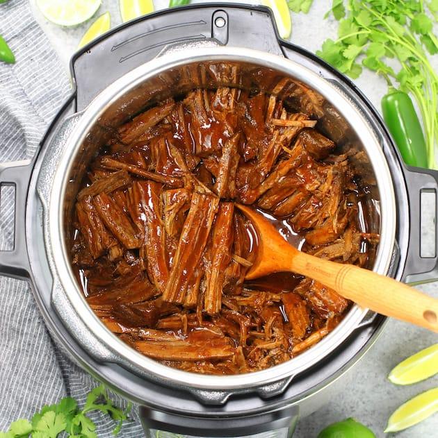 Easy Instant Pot Beef Barbacoa