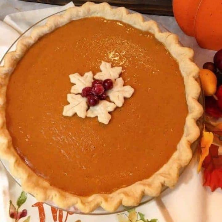 Easy Pumpkin Pie with garnish