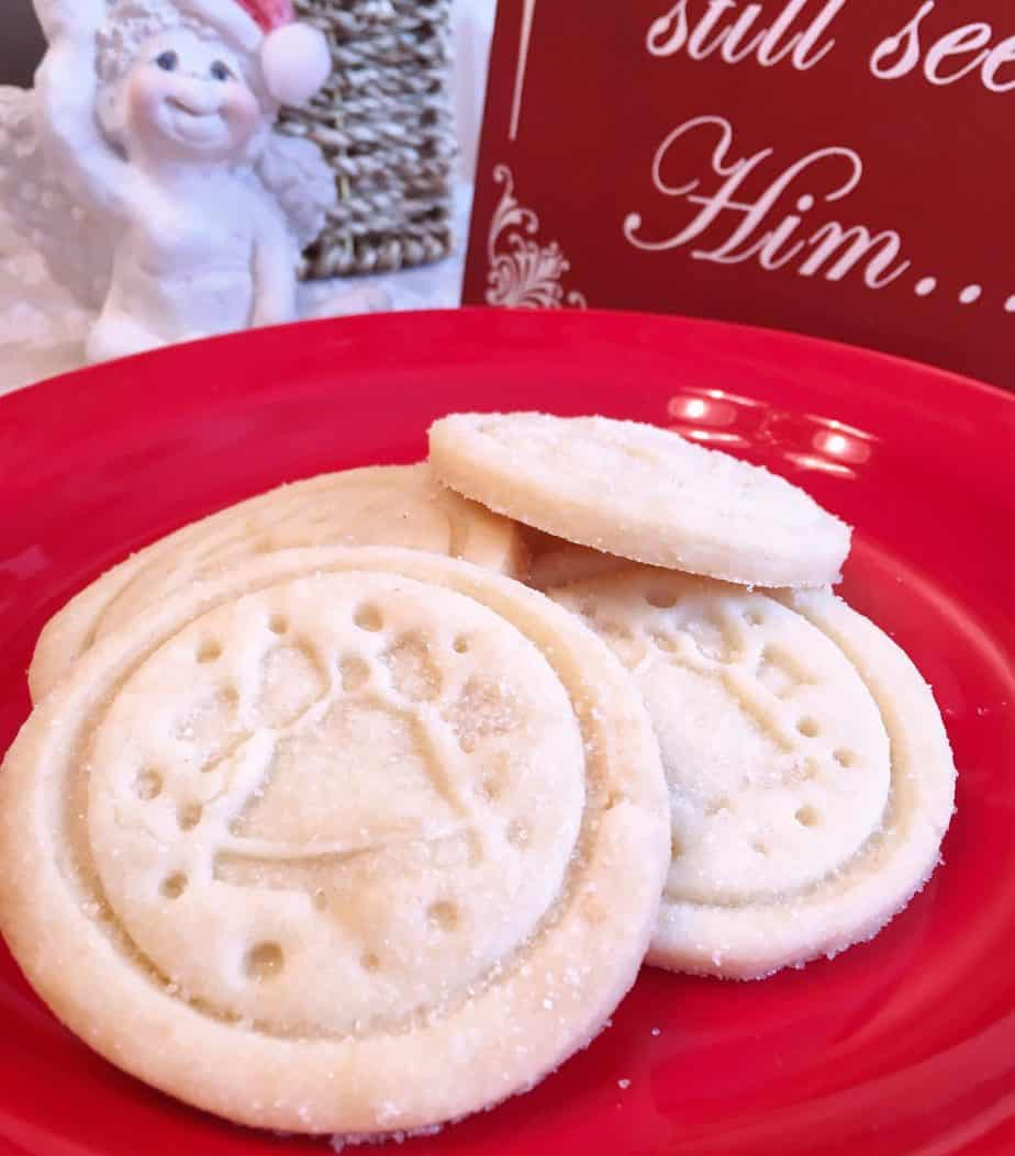 Plate of Classic Shortbread Cookies