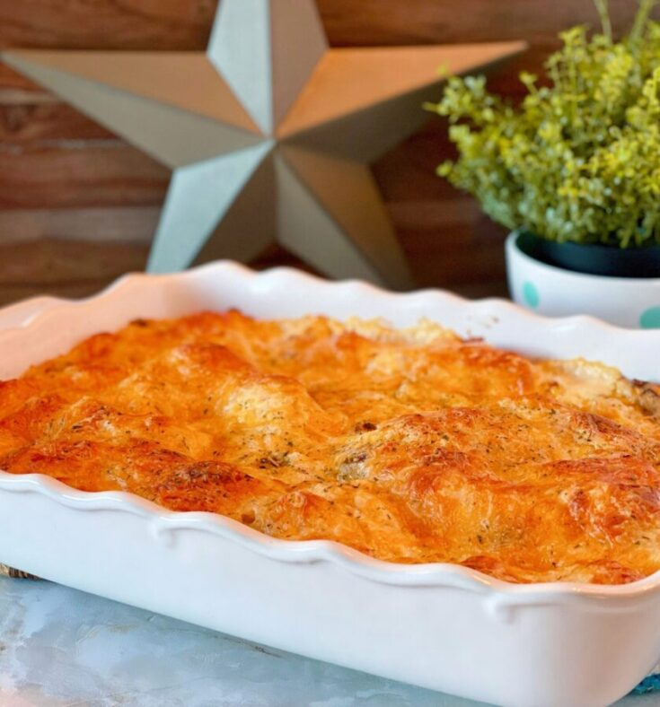 A quick easy main dish casserole is found in this Chicken Bubble Biscuit Bake. Loaded with chicken, bacon, hints of ranch, tender store bought biscuit dough and topped off with cheese it's a wonderful comfort dish your family will ask for again and again.