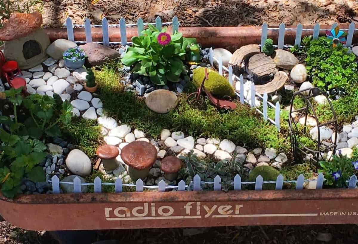 I Have A U201ctinyu201d Obsessionu2026I Love Miniature Things! (Are Ya Loving The Word  Play?) I Adore Fairy Gardens! Even Before They Were Popular I Loved Them.